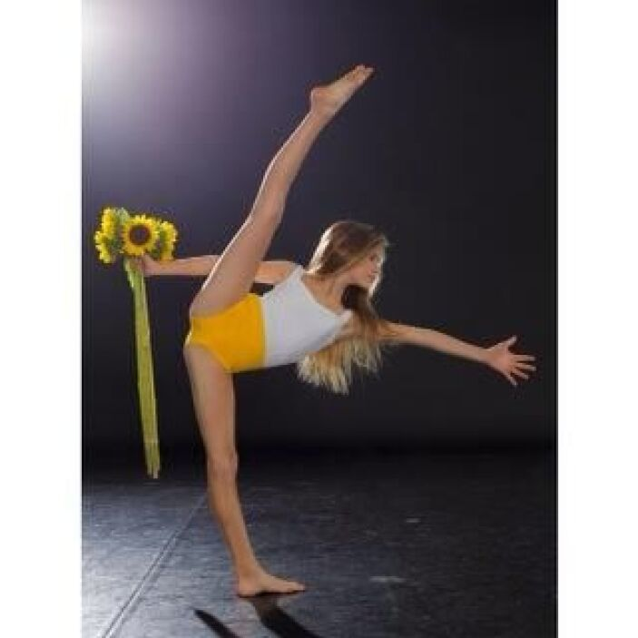 """""""Les comparto esta foto de mi hija Nicole. La práctica hace la perfecció..."""