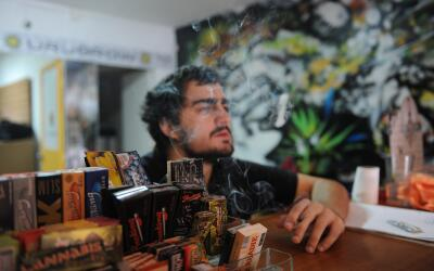 Para comprar marihuana, los consumidores tienen que estar registrados. E...
