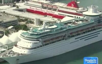 Línea de cruceros bajo investigación por brote masivo de norovirus