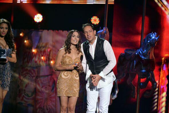 Fue el turno de Jean y Nadine Velazquez que con sobriedad y elegancia di...