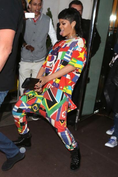 Seguramente el clóset de Rihanna ha de estar atiborrado de toda c...