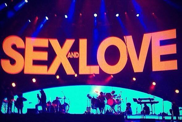 El español quedó nominado también como El Súper Tour' por su gira 'Sex &...