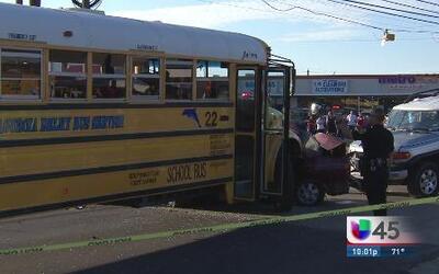 Accidente de autobús deja varios lesionados