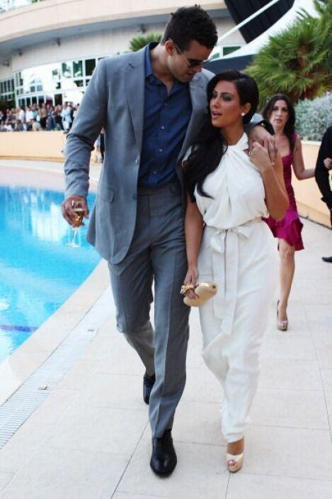 Kim pidió a todos los invitados que acudan al enlace vestidos de blanco...