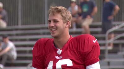 """Jared Goff: """"Me gusta jugar con los Rams"""""""