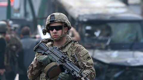 Los cuatro estadounidenses murieron en un ataque suicida contra la base...
