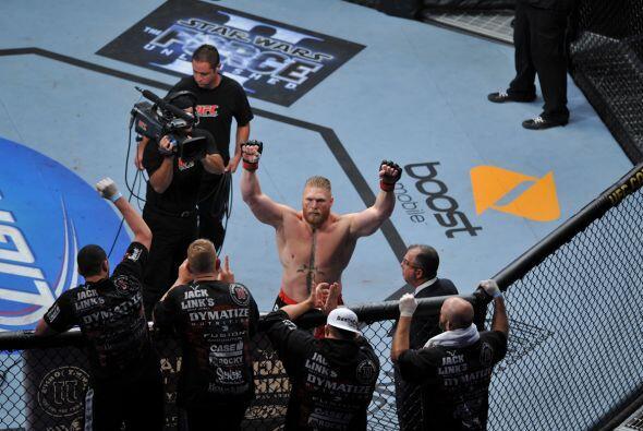 Brock Lesnar, una bestia de la UFC.