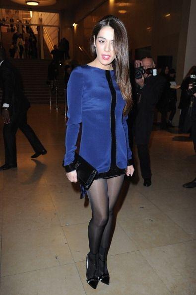 Sofia Essaidi no faltó y lució un vestidito muy original e...
