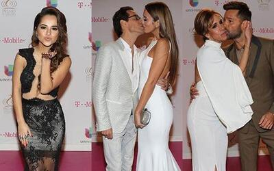 Los besos estuvieron a la orden en la entrega 2015 de Premio Lo Nuestro....
