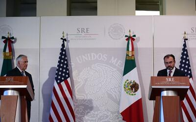 El secretario de Estado de EEUU, Rex Tillerson, y el canciller mexicano...