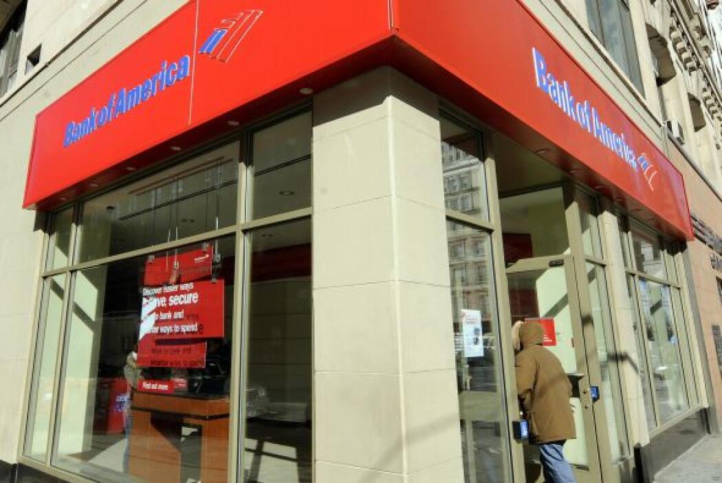 Aparte de esto, el banco ha sido públicamnete acusado de hacer embargos...