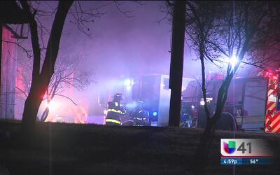 Autoridades investigan un incendio al suroeste de la ciudad