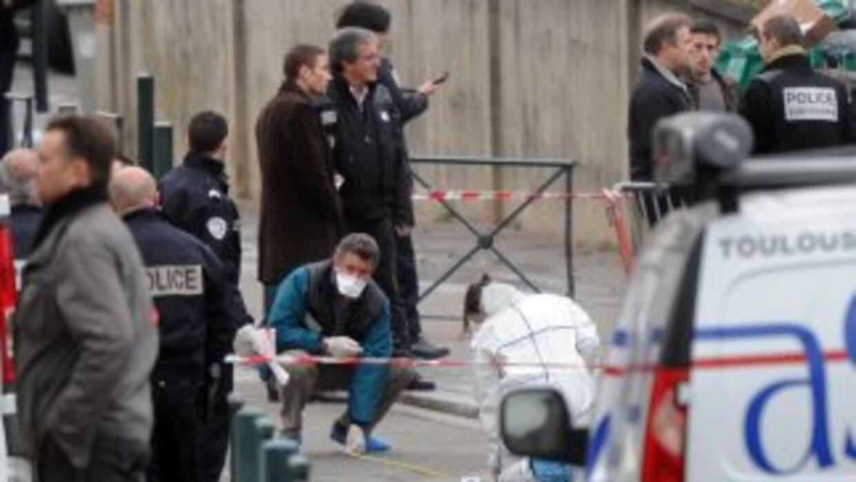 Policías recopilan pistas para dar con el paradero del asesino que el lu...