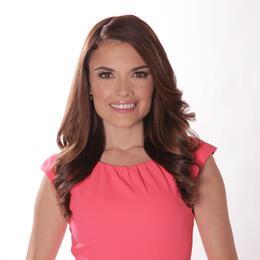 Johana Suárez, presentadora de la emisión 5 p.m.