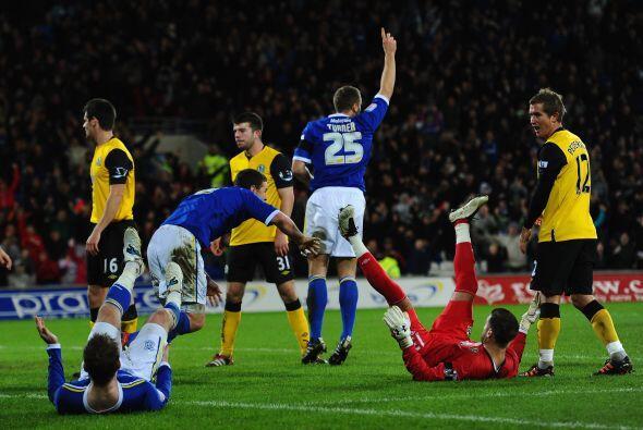 Los goles  llegaron en favor de los de casa. El Blackburn no tuvo reacción.