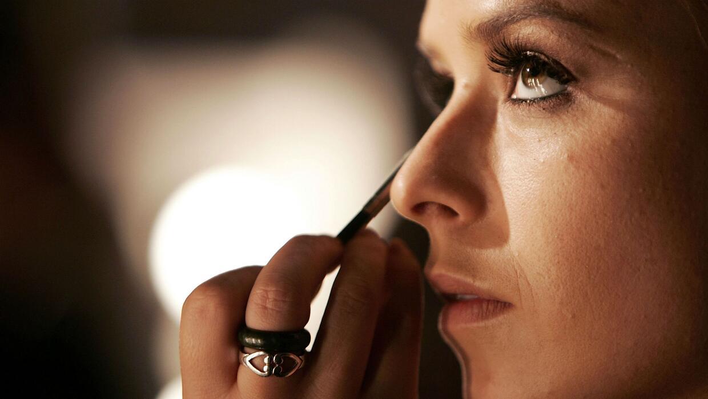 Cambie esa cara con estas recomendaciones de maquillaje para Navidad