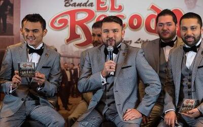 ¿La Banda El Recodo rechazó a Julión Álvarez?