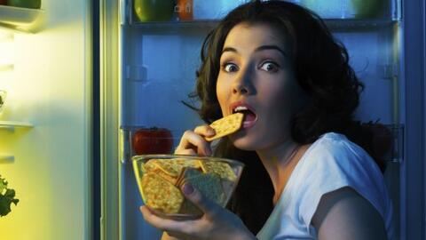 """Dice un frase: """"somos lo que comemos"""" entonces... sudamos lo q..."""