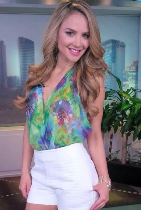 """""""Mi look de hoy en @DespiertaAmeric es gracias a @StylebyGGMiami saludos..."""