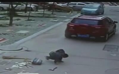 Niño sobrevive el atropellamiento de camioneta