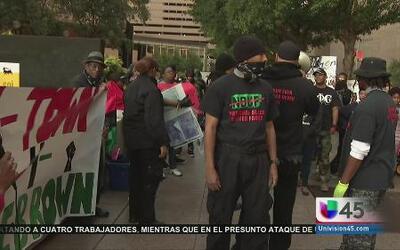 Realizan manifestación pacífica por Ferguson