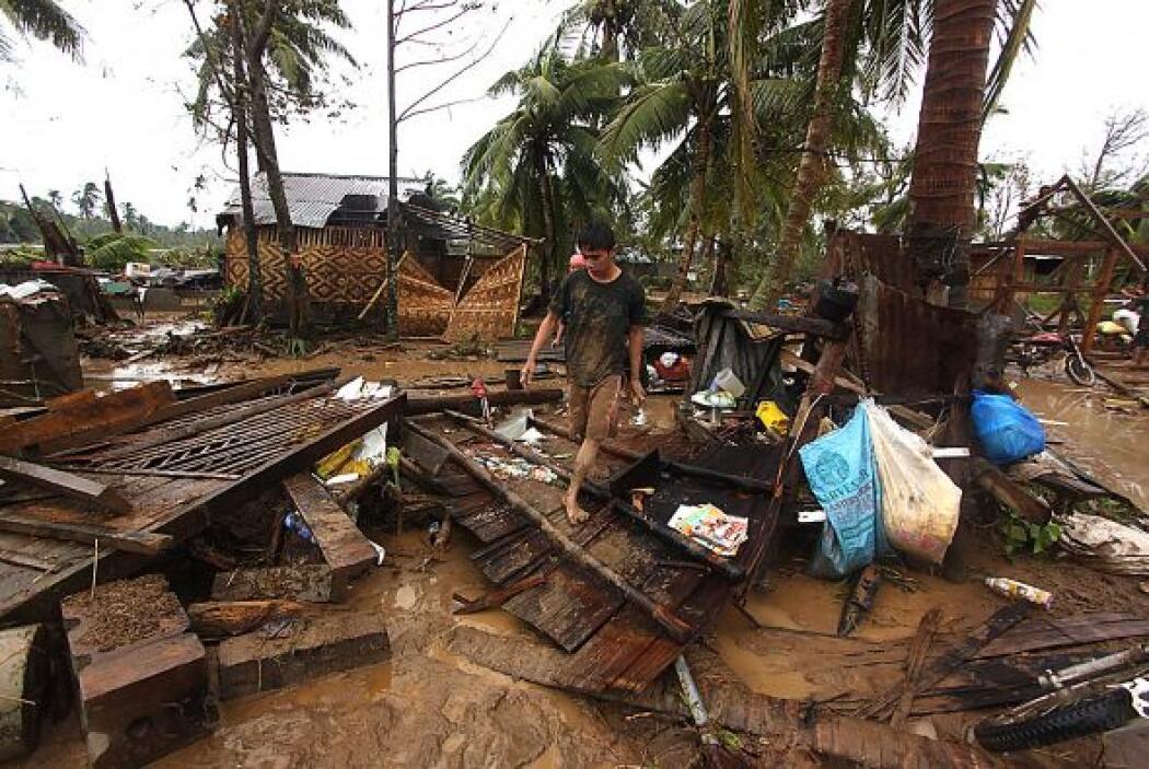 Al menos ocho cadáveres fueron localizados en la provincia de Surigao de...