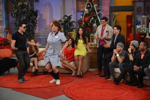 Con esos pasos de baile, Doña Meche sorprendió a las estrellas invitadas...