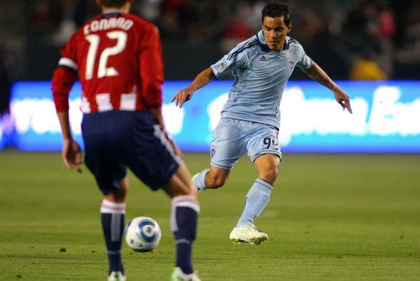 Omar fue el eje de los aplausos y como respuesta el delantero tras final...