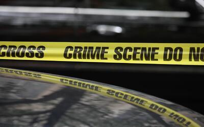 Detectives investigan la muerte de una mujer en Kearny