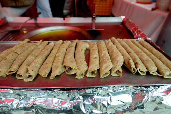 Como es bien sabido, los tacos provienen de México, donde es común encon...