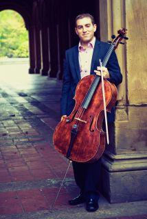 Thomas Mesa tocará su cello junto al mejor violinista del mundo, Itzhak...
