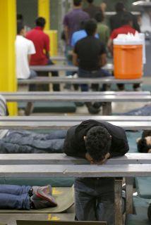 La crisis humanitaria en la frontera sur de Estados Unidos puso al gobie...
