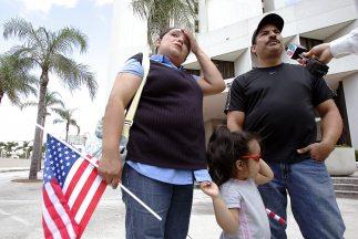 """Expertos en inmigración advirtieron que la estrategia """"Desgaste a través..."""