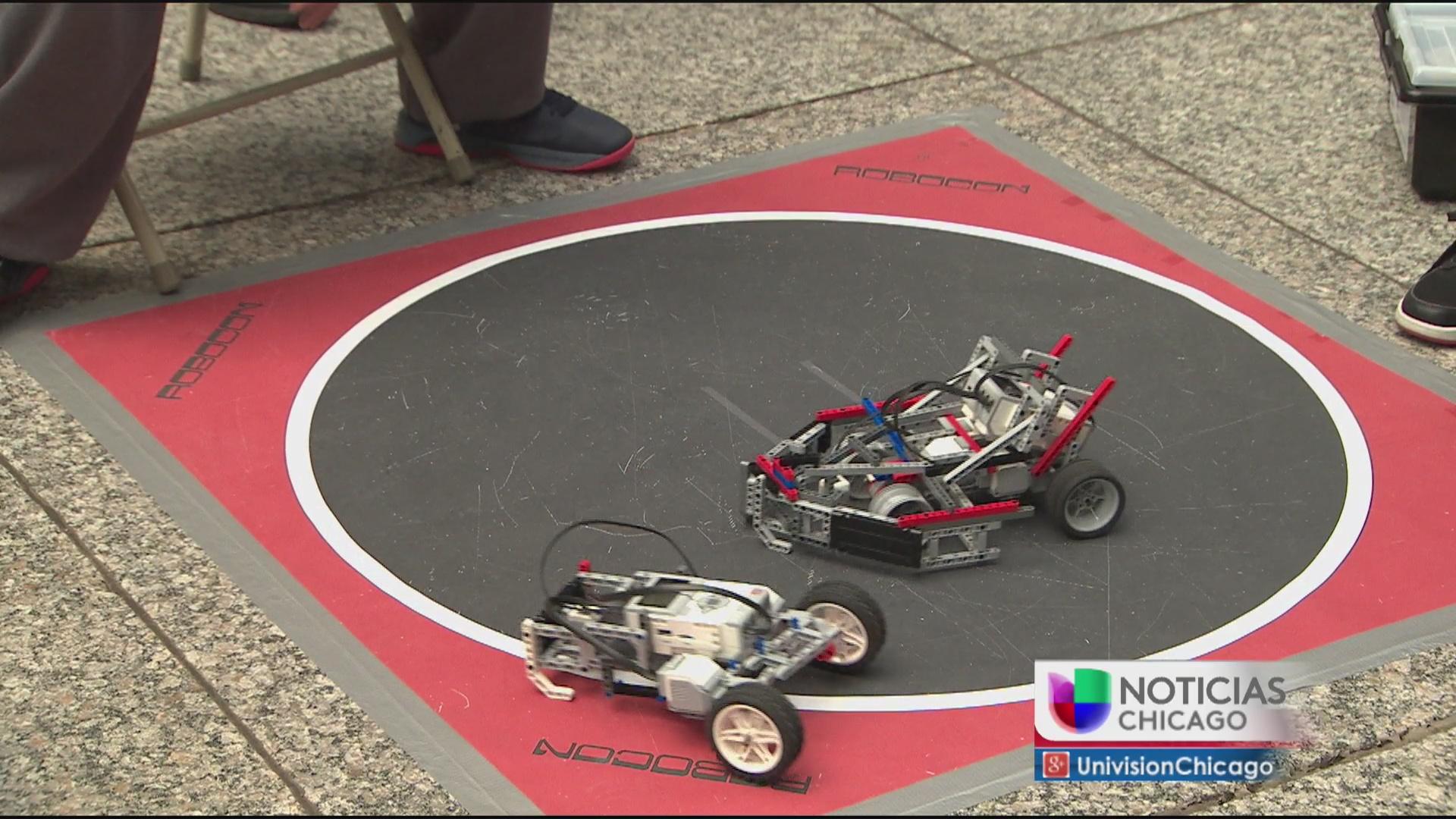 Alumnos de escuelas públicas celebran festival de ciencias