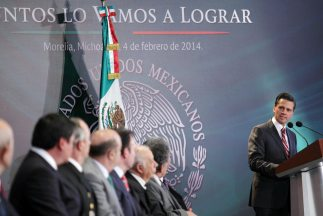 Enrique Peña Nieto en su visita a Michoacán.