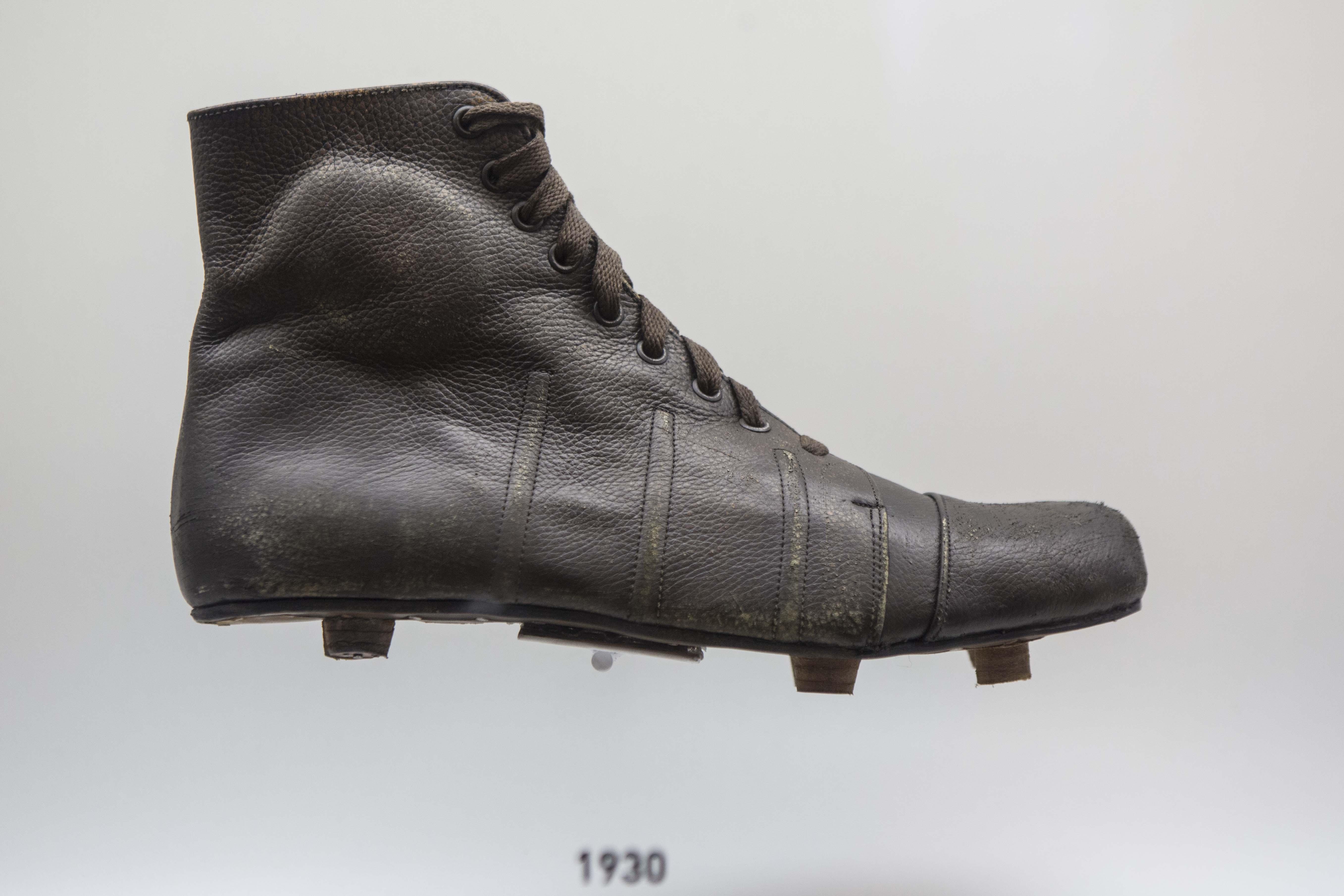 El fútbol en cien años de uniformes (y cómo cambió la moda en las ...