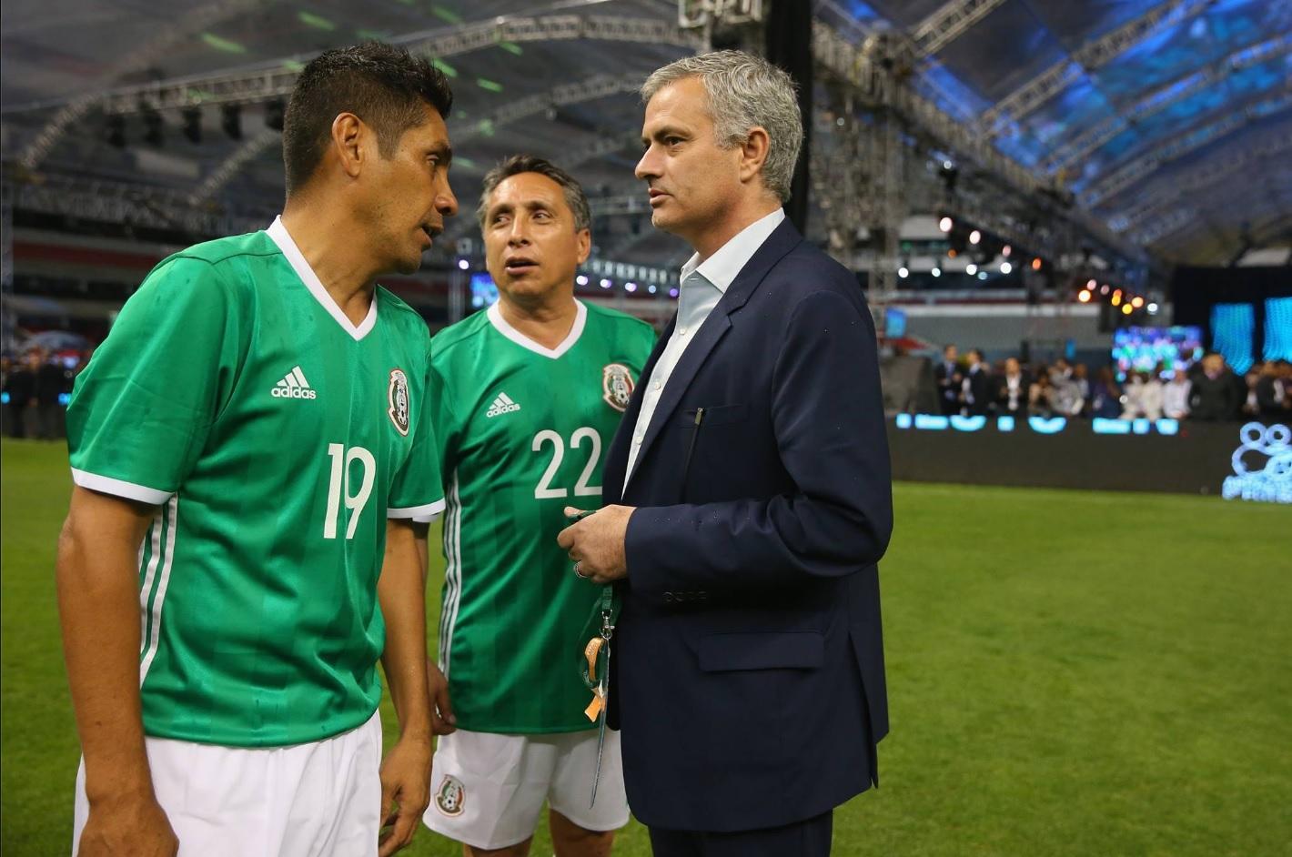 ¿Cuánto mide Jorge Campos? (El Brody) - Real height Fb2