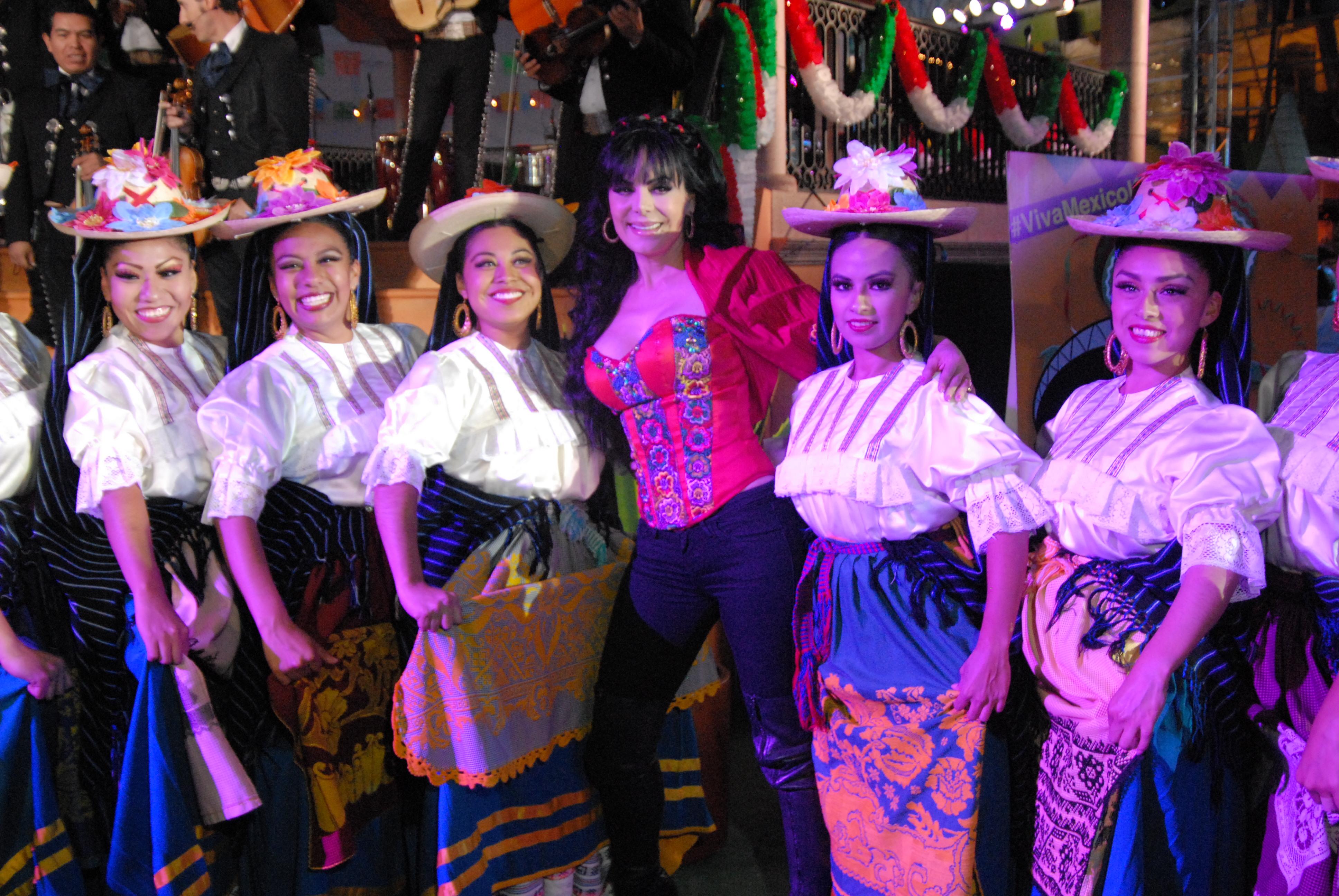 Bonito Vestido De Fiesta Temática Mexicana Patrón - Ideas de ...