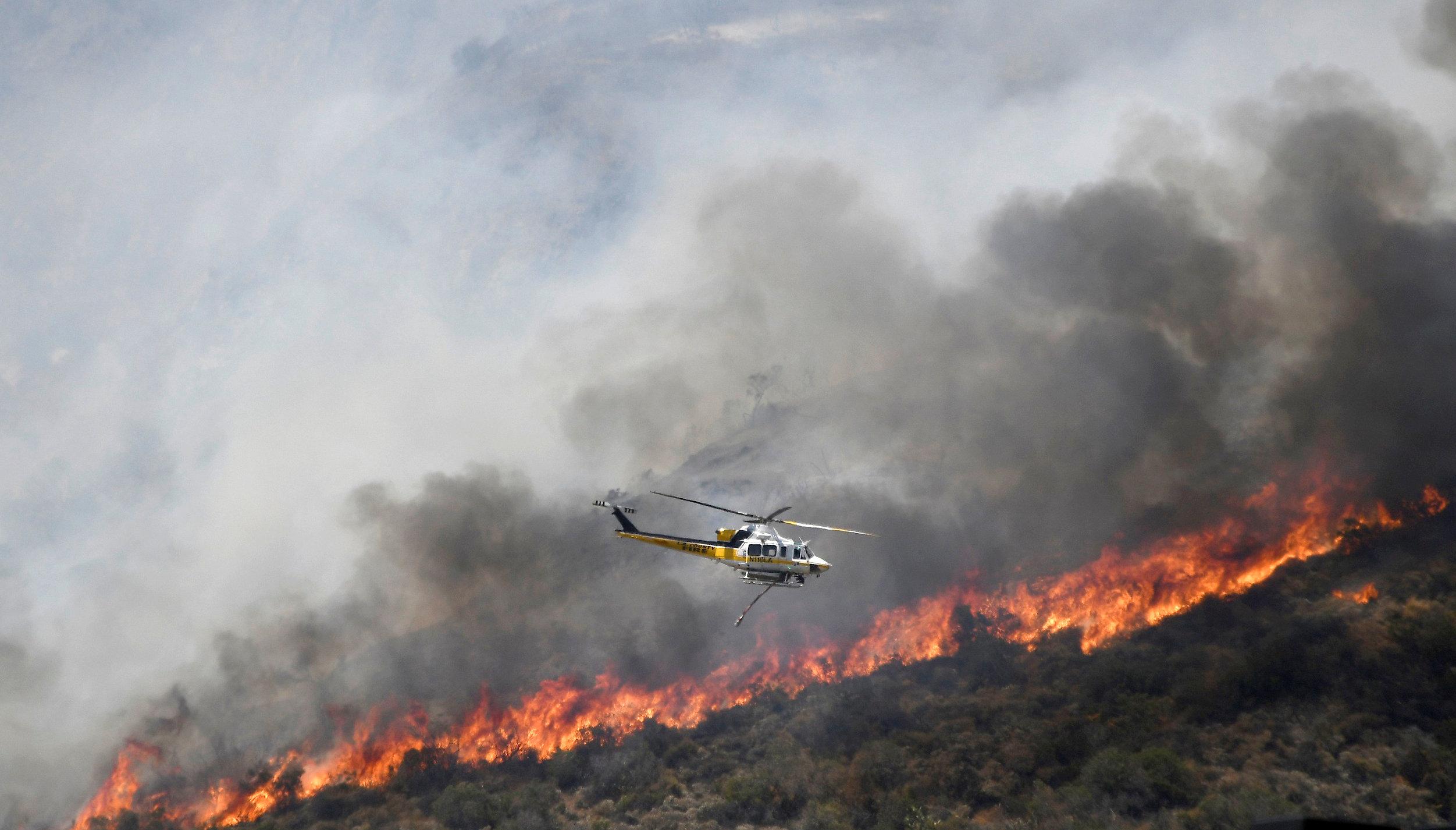 Resultado de imagen para Ocurren cerca de 30 incendios en Arizona, Estados Unidos