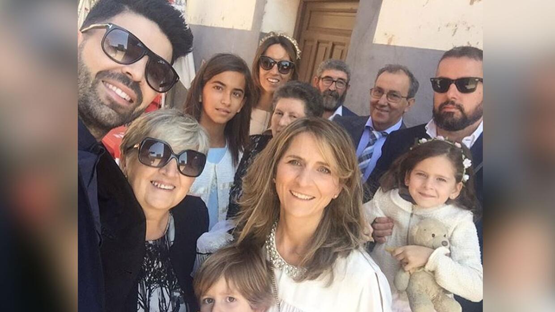 Jomari está de vacaciones en España.