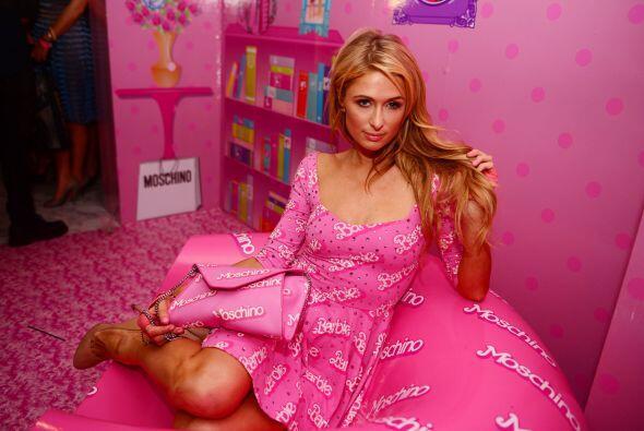 Paris Hilton siempre ha querido lucir como una muñeca y vaya que se esfu...