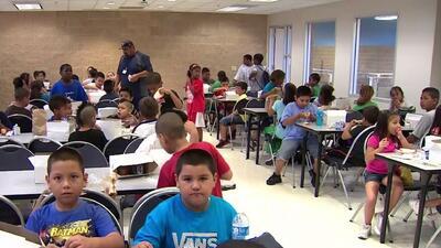 Distrito Escolar Independiente de Houston discute el presupuesto para el periodo 2018-2019