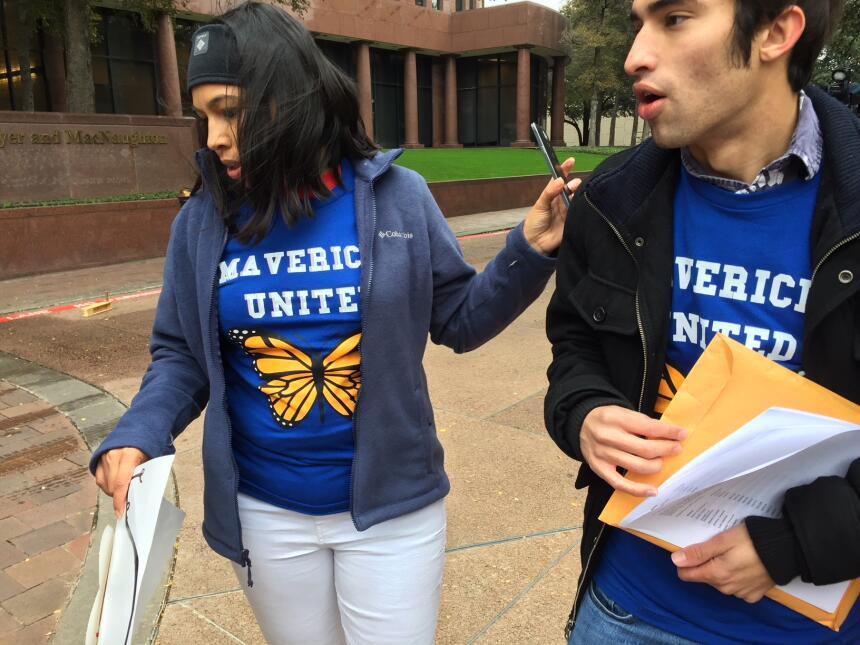 Activistas y jóvenes con DACA piden apoyo para el Dream Act img-0476.JPG