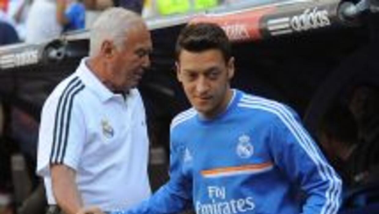 La partida de Özil del Real Madrid sigue dejando heridas por ambos lados...