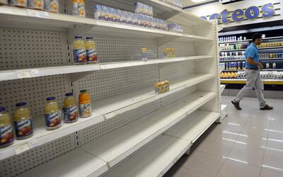 Venezuela está sumida en una profunda crisis de alimentos. Ejempl...