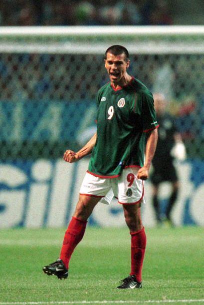 Borgetti jugó con el 'Tri' de 1997 al 2008, anotando su gol más importan...