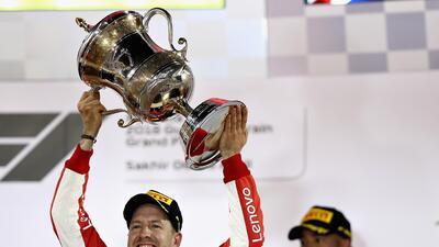 En fotos: Golpe de autoridad de Vettel tras llevarse el Gran Premio de Bahréin