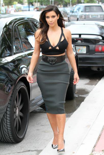 3. Los escotes se hicieron muy comunes en la Kardashian, Kanye quería pr...
