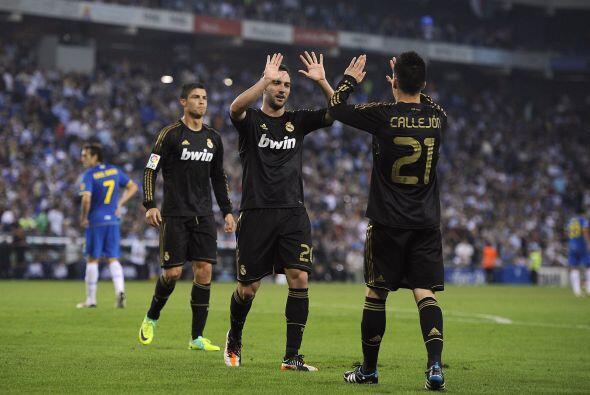Higuaín marcó un tanto más para el 4-1 definitivo.