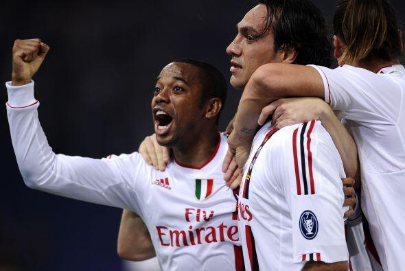 Nesta anotó el segundo de su equipo para impulsar la victoria del Milán.